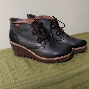 Pikolinos Maple Boots